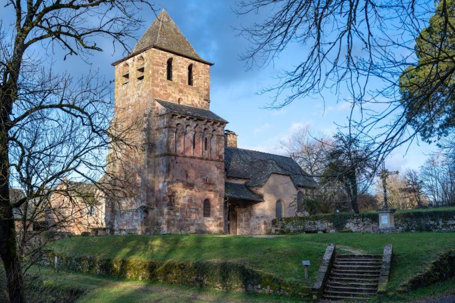 L'église Saint-Pierre de Bessuéjouls